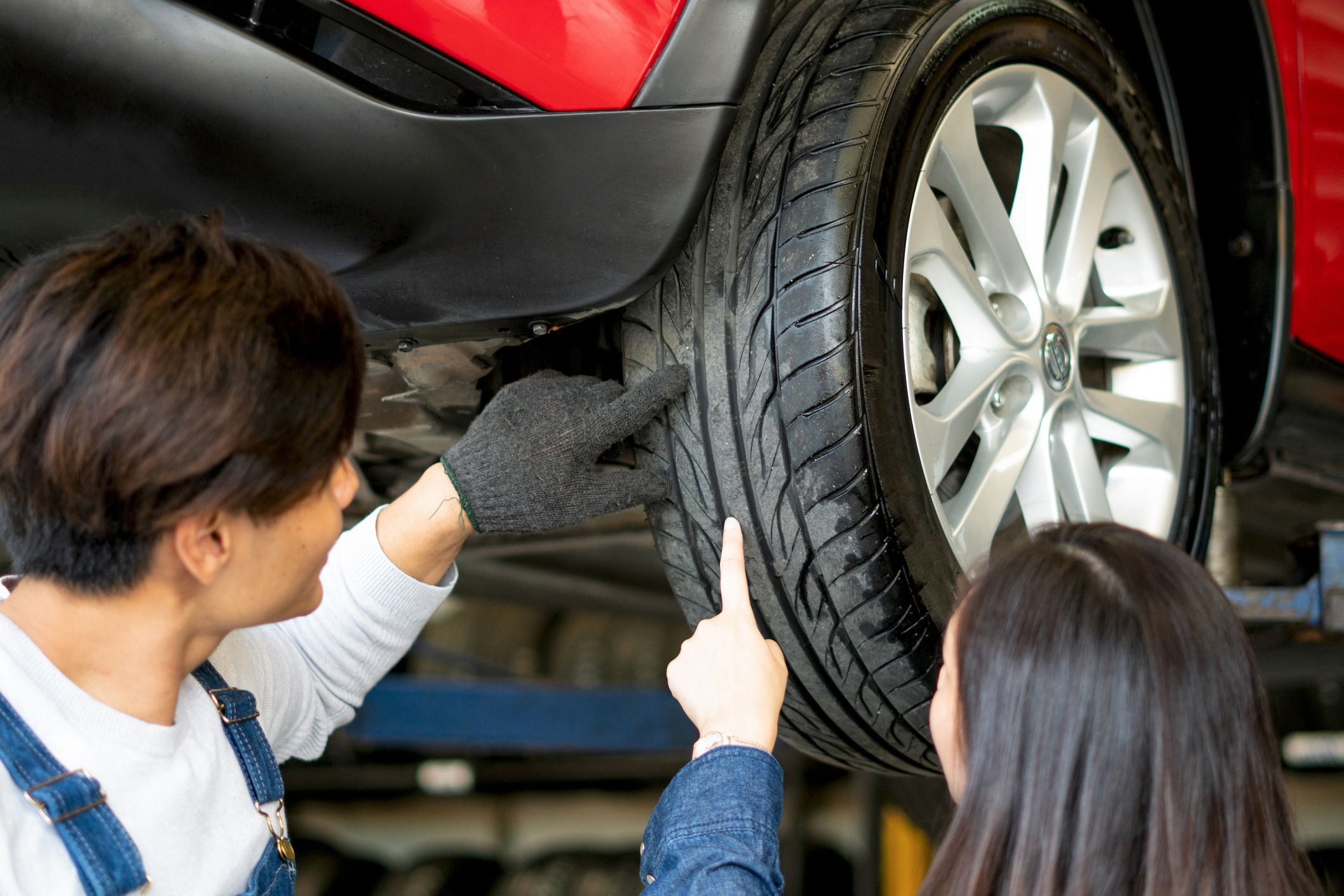 6 Tips for Choosing the Right Tires for Your Car